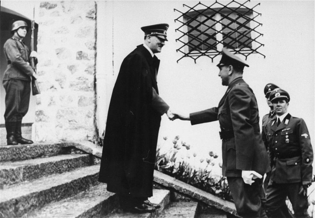 Adolf Hitler meets Ante Paveli .1941