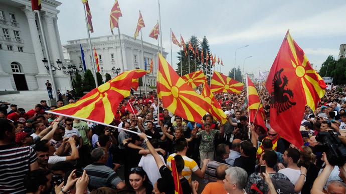 Odluka ce se odraziti na cijelu regiju Makedonija sutra na referendumu bira izmedu Zapada i Istoka