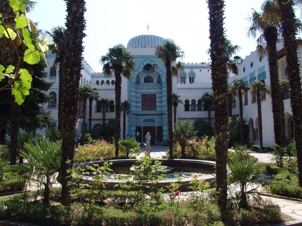 Dvorets Dyulber