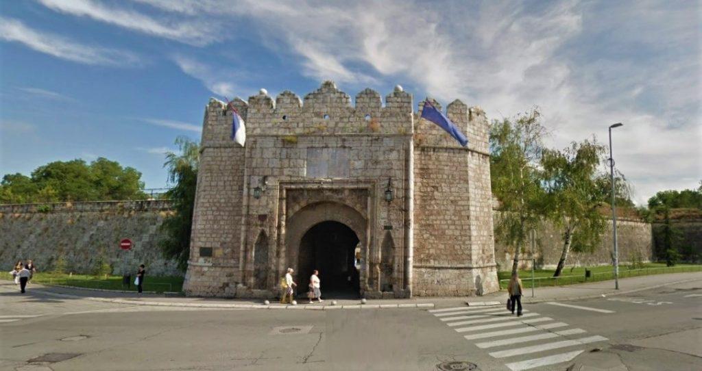 Ni ka tvr ava Stambol Kapija glavni ulaz grad Ni