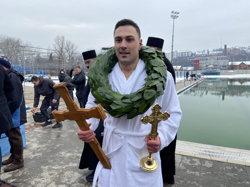 plivanje za casni krst nis 1 2048x1536 1