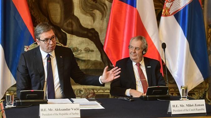 Президент Чехии извинился за бомбардировки Сербии