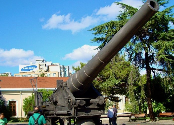 a cannon used in defense of dardanelles gallipoli in the military museum istanbul panoramio.2tWez