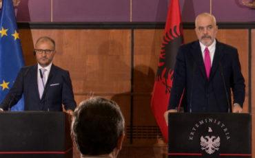 Edi Rama i ambasadorom EU u Albaniji Luidi Soreca